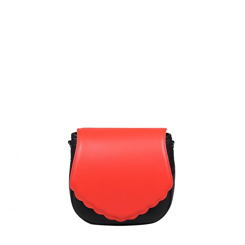 czerwono-czarna torebka