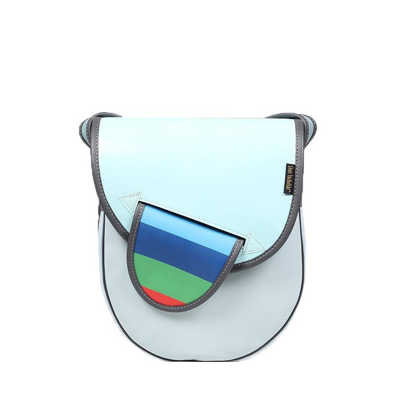 Jasnoniebieska skórzana torebka damska.